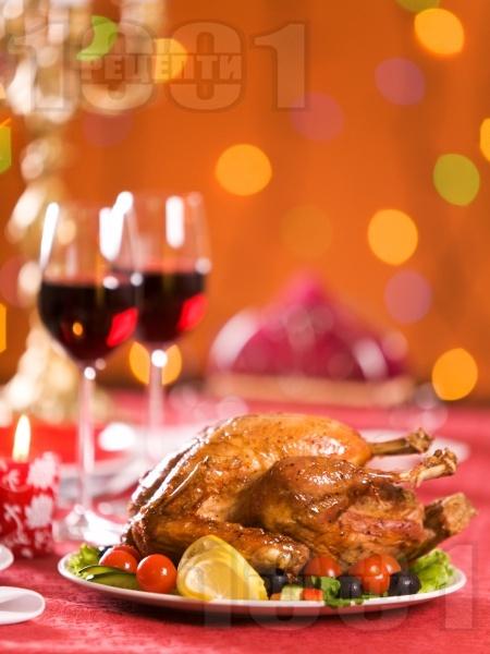 Печено пълнено пиле с ориз, гъби и маслена коричка на фурна - снимка на рецептата